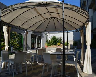 Ilga Hotel - Collecchio - Патіо