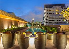 Best Western Premier Sukhumvit - Bangkok - Uima-allas