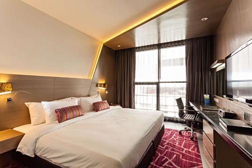 貝斯特韋斯特素坤逸高級酒店 - 曼谷 - 臥室