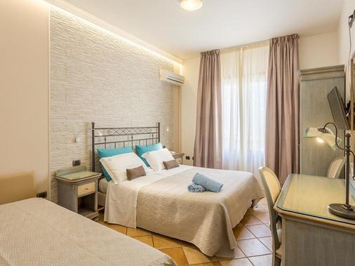 特里娜科里亞酒店 - 聖維托羅卡波 - 臥室