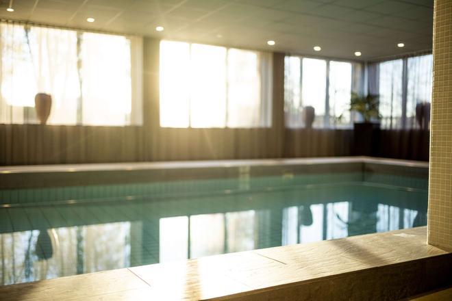 Radisson Blu Arlandia Hotel, Stockholm-Arlanda - Arlanda - Uima-allas