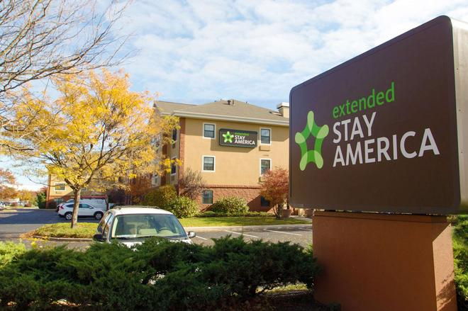 Extended Stay America - Long Island - Bethpage - Hicksville - Building