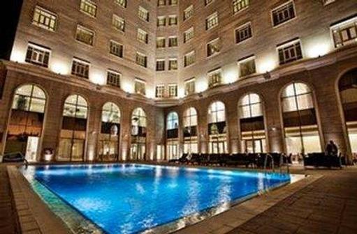 Concorde Hotel Doha - Doha - Piscina
