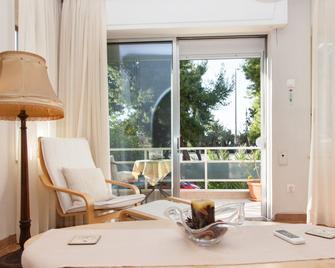 Fabulous Apartment Across Flisvos - Palaió Fáliro