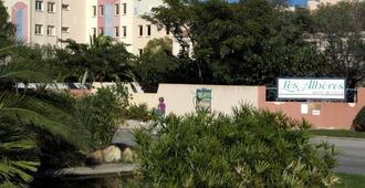 Hôtel Club Les Albères - Argelès-sur-Mer - Vista del exterior
