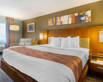 Quality Inn - Danville - Bedroom