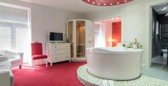 Covo degli Angioini - Town House Suites - Naples - Bathroom