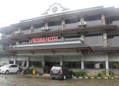 Parama Hotel Puncak - Puncak - Κτίριο