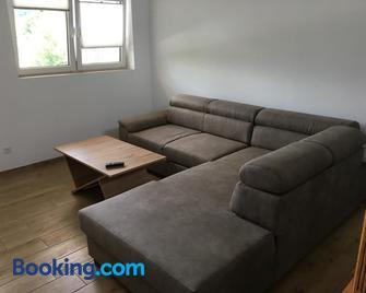 Ferienwohnung Reh - Bad Rappenau - Living room
