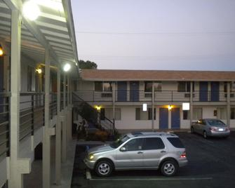 Wasco Inn Motel - Wasco - Building