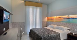 Hotel Clipper - Pesaro - Bedroom