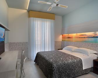 Hotel Clipper - Pesaro - Habitación