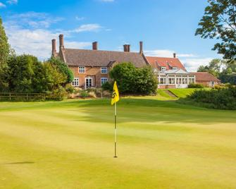 Heacham Manor Hotel Spa & Golf - King's Lynn - Building