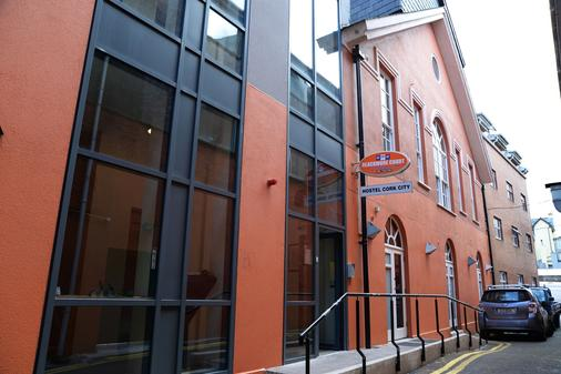 Blackmore Court - Cork - Building