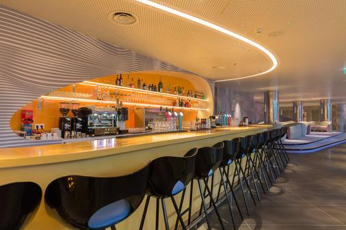 Park Inn by Radisson Amsterdam City West - Amsterdam - Bar