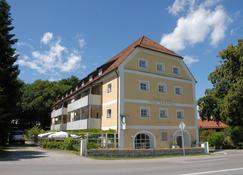 Haus Rufinus - Seeon-Seebruck - Building