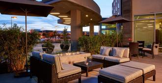 Courtyard by Marriott San Jose North/Silicon Valley - סן חוזה - פטיו