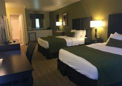 Best Western Gold Country Inn - Grass Valley - Bedroom