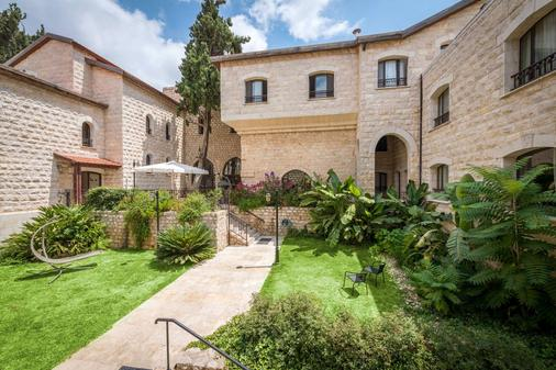 Ruth Safed Hotel - Zefat - Building
