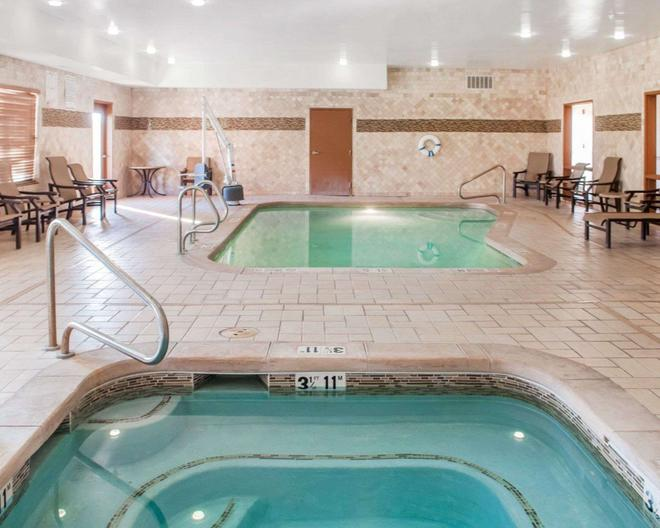 Comfort Suites Roswell - Roswell - Uima-allas
