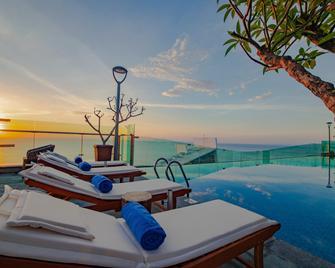 Sala Danang Beach Hotel - Da Nang - Bar