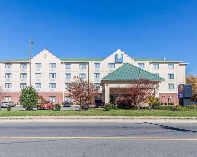 Comfort Inn Near Quantico Main Gate North - Dumfries - Building