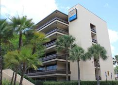 Rosen Inn at Pointe Orlando - Orlando - Bangunan