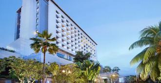 Hotel Bidakara Grand Pancoran Jakarta - Jakarta Sud - Bâtiment