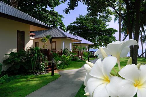 Promtsuk Buri Resort - Ko Samui - Outdoor view