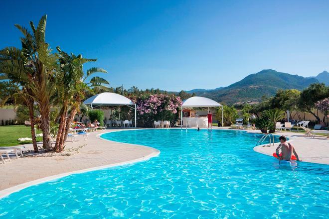 聖特奧多羅酒店 - 聖特奧多羅 - 聖特奧多羅 - 游泳池