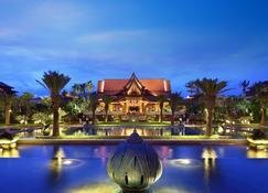 Crowne Plaza Resort Xishuangbanna Parkview, An IHG Hotel - Jinghong - Edificio