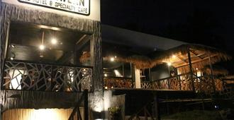 The Cavern Pod Hotel & Specialty Café - Hostel - El Nido - Outdoor view