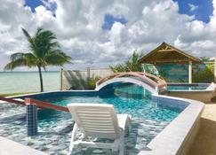 Tilt-Ta-Dock Resort Belize - Corozal - Pool