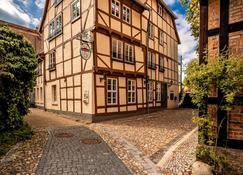 Apartmenthaus Finkenherd 5 - Quedlinburg - Gebäude