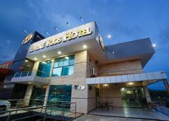 Entre Rios Hotel - Picos - Building