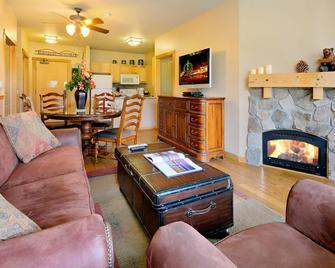 Juniper Springs Resort - Mammoth Lakes - Stue