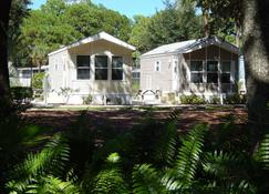 Road Runner Travel Resort - Caravan Park - Fort Pierce - Edificio