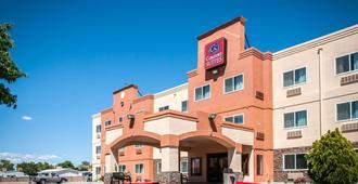 Comfort Suites - Albuquerque - Building