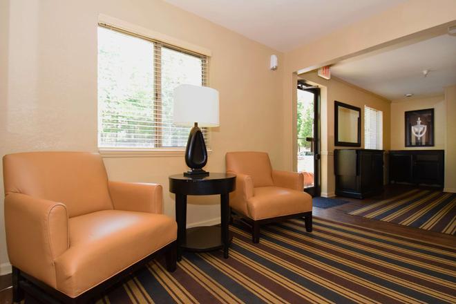 Extended Stay America - Jackson - Ridgeland - Ridgeland - Living room