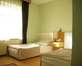 Otel Akkoc - Isparta - Bedroom