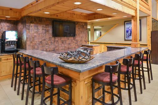 Best Western Plus Olympic Inn - Klamath Falls - Bar