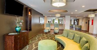 Comfort Suites near Tanger Outlet Mall - Gonzales - Lobby