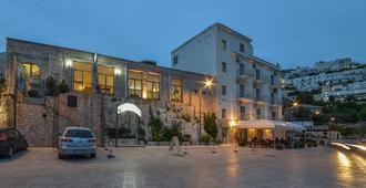 Il Corsaro - Peschici - Edificio