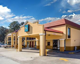 Quality Inn - Acworth - Building