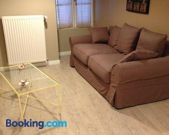 Appartements d'Hôtes Santa Giulia - Niort - Living room