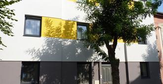 Wellness Penzion U Gigantu - Pilsen - Gebäude