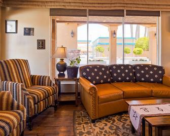 Best Western Rancho Grande - Wickenburg - Living room