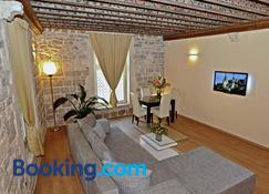 Grisogono Palace Heritage Residence - Split - Living room
