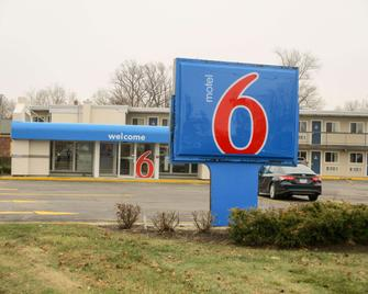 Motel 6 North Olmsted, Oh - Cleveland - North Olmsted - Building