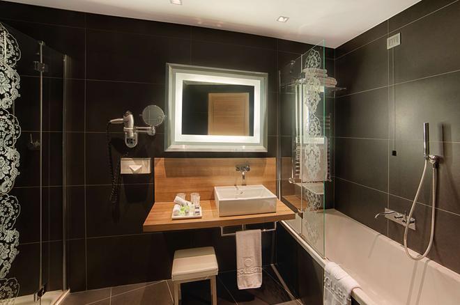 NH Collection Milano President - Milan - Bathroom